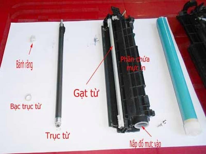 Tiến hành nạp mực máy in quận Tân Phú