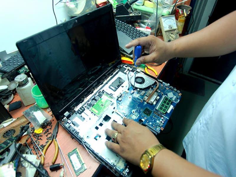 Chọn đơn vị sửa laptop quận 12 sau khi đã đánh giá chất lượng dịch vụ